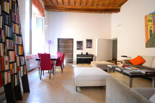 Navona Stylish Apartment